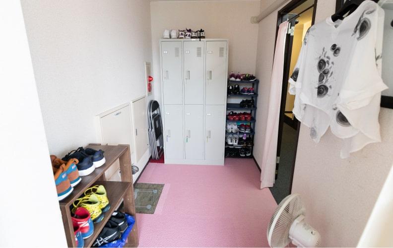 2階女性更衣室